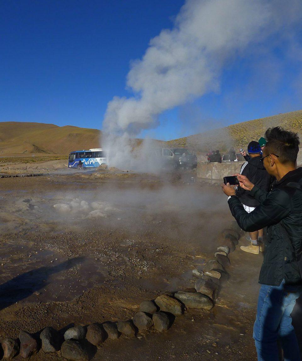 CapricornioExpediciones.com-San-Pedro-de-Atacama-Geyser-del-Tatio_1080x1080_9996